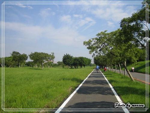 台北市內的河濱道路 其實規畫的越來越完善了